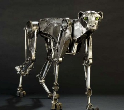 Robotic cheetah. Andrew Chase's steam punk sculpture
