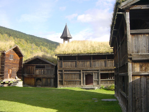 Traditional Norwegian roofs of grass