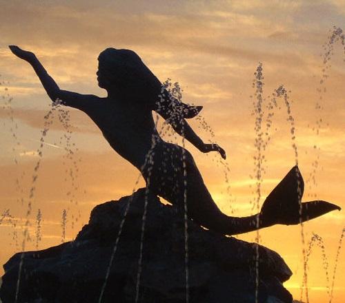 Greek mermaid in Porous