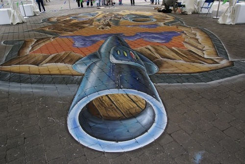 Streetpainting Planet by Leon Keer