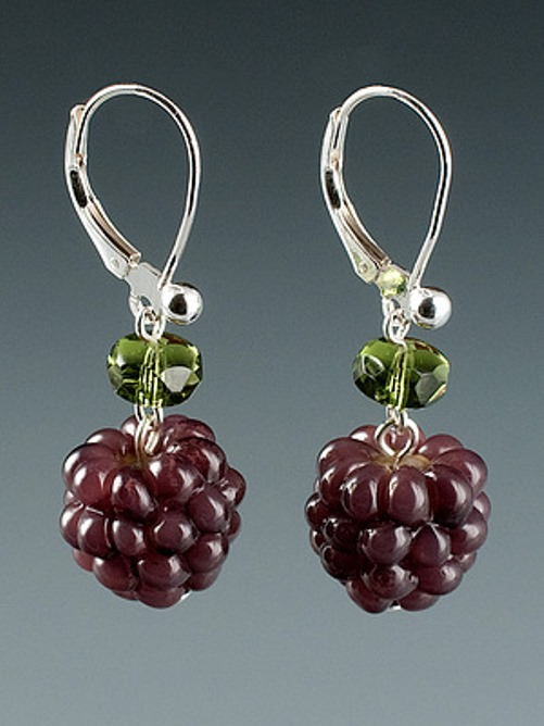 Incredibly realistic glass jewelry by Elizabeth Johnson