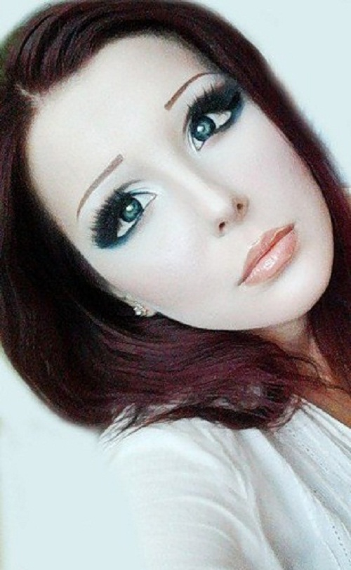 Living doll or alien girl from China