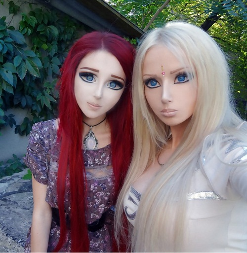 19 year-old Nastya Shpagina, influenced by her 27 year-old friend Valeriya Lukyanova (right)