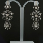 Earrings with diamonds and natural diamonds