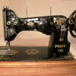 sewing machine – Pfaff 130