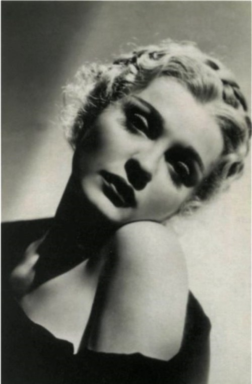 Russian beauties made the profession of models prestigious. Actress Anna Sten, Hollywood, 1932