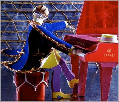 Elton John. Paper sculpture by Alexei Lyapunov and Lena Ehrlich