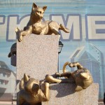 There is an entire Alley of Cats in the city of Tyumen, Russia