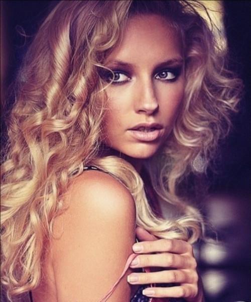 Russian model Valeria Soboleva