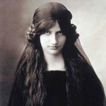 Jeanne Hebuterne (6 April 1898 – 25 January 1920), French artist
