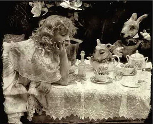 Alice in wonderland. Aesthetical neo-romanticism by Russian photographer Vladimir Clavijo-Telepnev