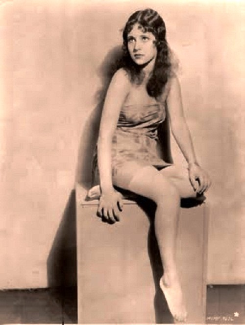 Beautiful American silent film actress Dorothy Penelope Jones