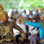 Phnom Penh dancers. July 7, 2009