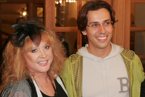 Maxim Galkin defended Pugacheva, who began to persecute the network 13.04.2018 43