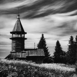 Black and white. Wooden house. Nature by self-taught photographer Sergey Novozhilov
