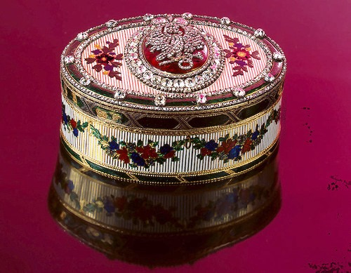 Snuffbox Zorich. Gold, diamonds, diamonds, roses, glass, silver, embossing, engraving. Duke, Jean Jacques. Russia. St. Petersburg.