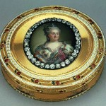 Snuff box with a removable lid, with a portrait of Catherine II. Gold, silver, diamonds, enamel, embossing, engraving, guilloche, painting. Dia. Buddha, Jean Francois Xavier. Russia. St. Petersburg. About 1780