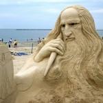 Leonardo da Vinci. Beautiful Sand sculpture