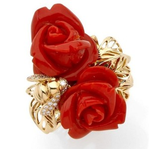 Coral and yellow gold ring Dior