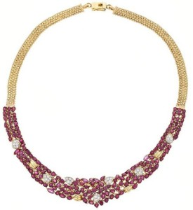 Gargantilla floral de rubíes
