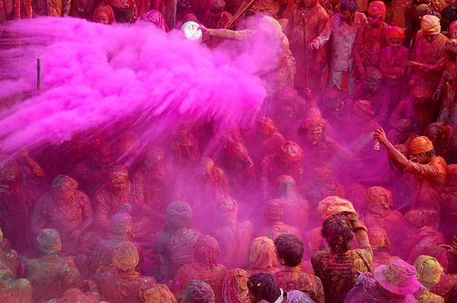 Beautiful tradition – Festival of colors in India