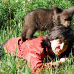 Enjoying time together Ilzit, the bear and Velga
