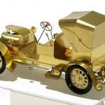 Beautiful miniature models of cars by Polish artist and craftsman Szymon Klimek