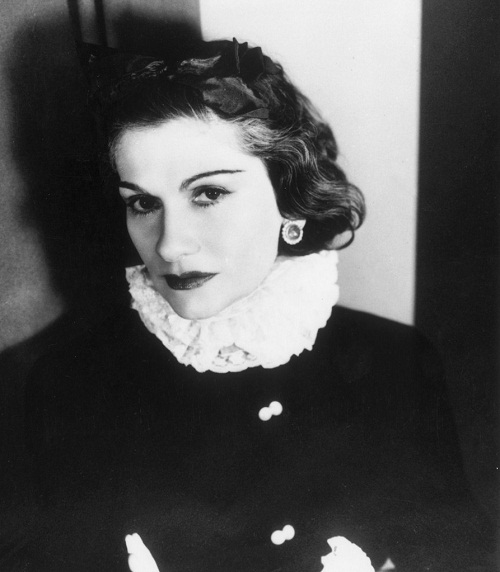 a biography of gabrielle chanel a french fashion designer and founder of the chanel brand Coco chanel gabrielle coco bonheur chanel was a french fashion designer and founder of the chanel brand she was the only fashion designer to be named on time 100: the most important.