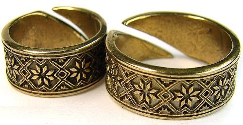 "The ring of Scandinavian Sun ""Succinite"""