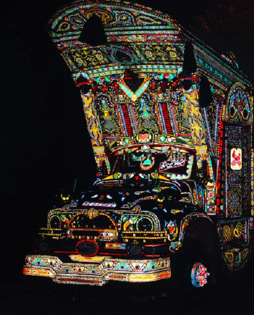 Colorful Vehicle painting in Pakistan