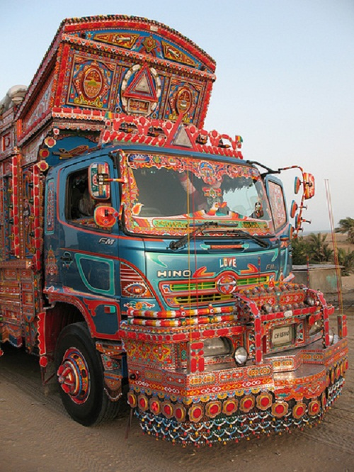 Colorful truck painting in Pakistan