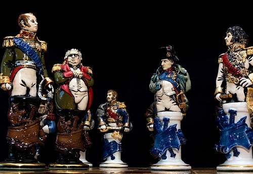 Each figure from King to pawn is a real historical character with detailed and accurate facial portrayal, arms and uniforms