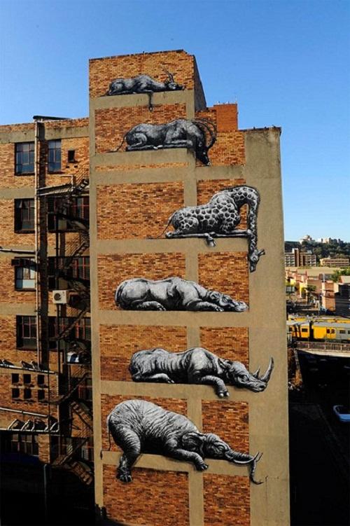 Roa's street art