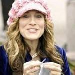 Sarah Jessica Parker knitting