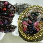 Decorations of stones