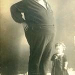 Giants and Lilliputs, USA