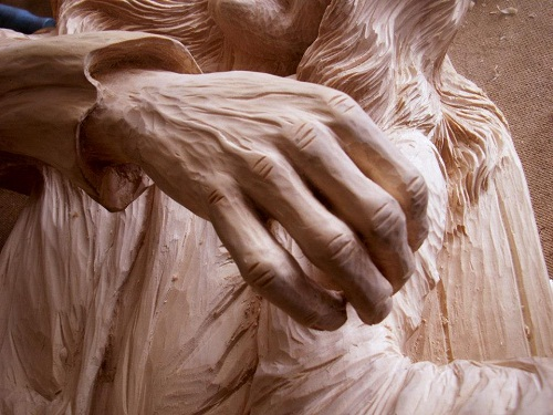 Wood carving by Dales Sakalienes Droziniai - Beauty will save