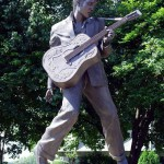 Monument to Elvis Presley – though not the greatest guitarist, but the King of Rock 'n' roll