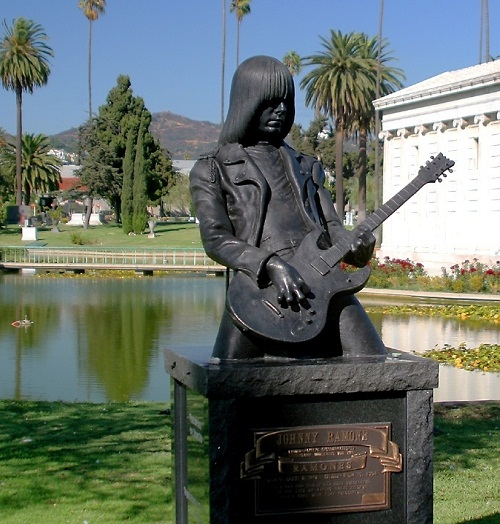 Monuments to the greatest guitarists