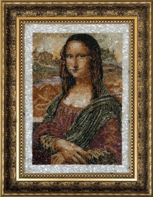 Beautiful mosaic paintings of precious stones