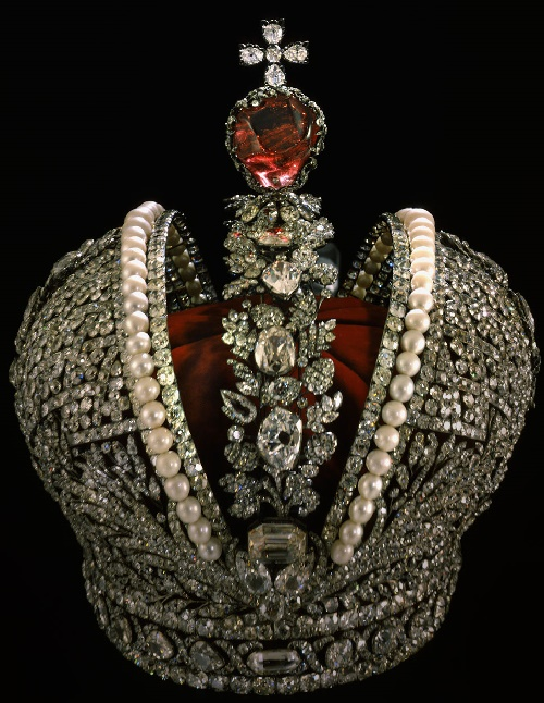 Imperial Crown of Russia - the main symbol of the power of the Russian monarchs, and a masterpiece of jewelry world