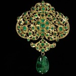 Pendant. ca. 1680-1700. Gold, set with table-cut emeralds, and hung with an emerald drop