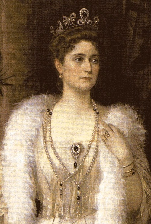 Tsarina Alexandra Feodorovna of Russia (Empress Alexandra), wearing emeralds