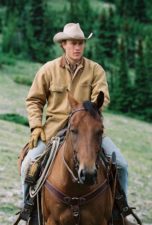"""At the premiere of """"Brokeback Mountain"""" Michelle fascinatingly looked at the screen - she could not take her eyes off Heath."""