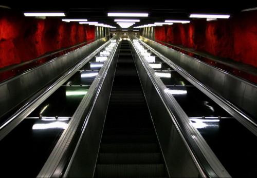 Stockholm tunnelbana escalator
