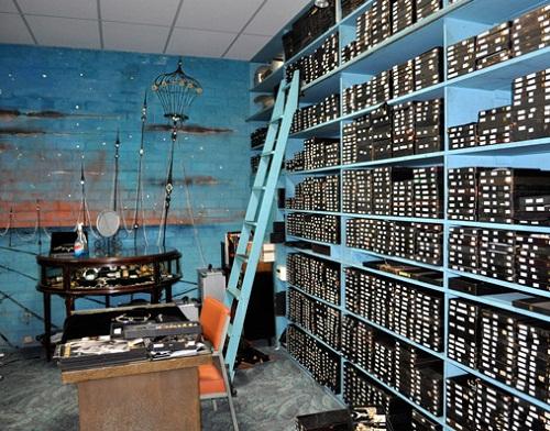 Joseff of hollywood forgotten treasure warehouse beauty for 100 sq ft room