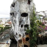 "Unique ""fairy tale house"" in a giant tree by Vietnamese expressionist architect Dang Viet Nga"