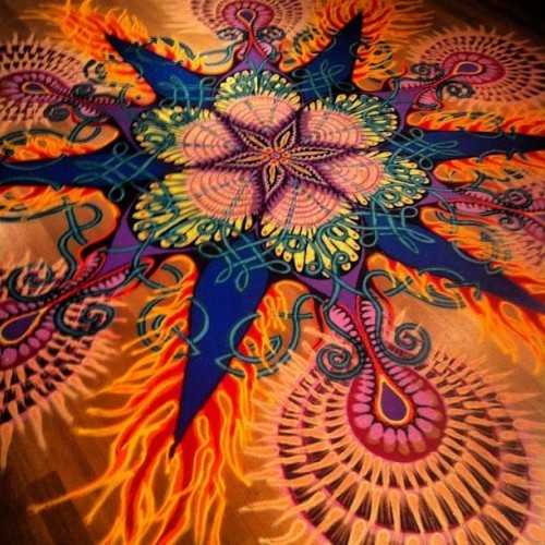 Kaleidoscope sand paintings by Joe Mangrum