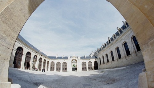 Chantilly Grand Stables