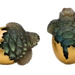 Cufflinks in the shape of turtles hatching from Steven Fox, 18K yellow gold, labradorite
